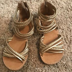 Super cute Girls Gold Gladiator sandals. Size 1